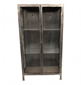 Industrial mesh locker