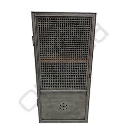 (Verkocht) Industriële kast