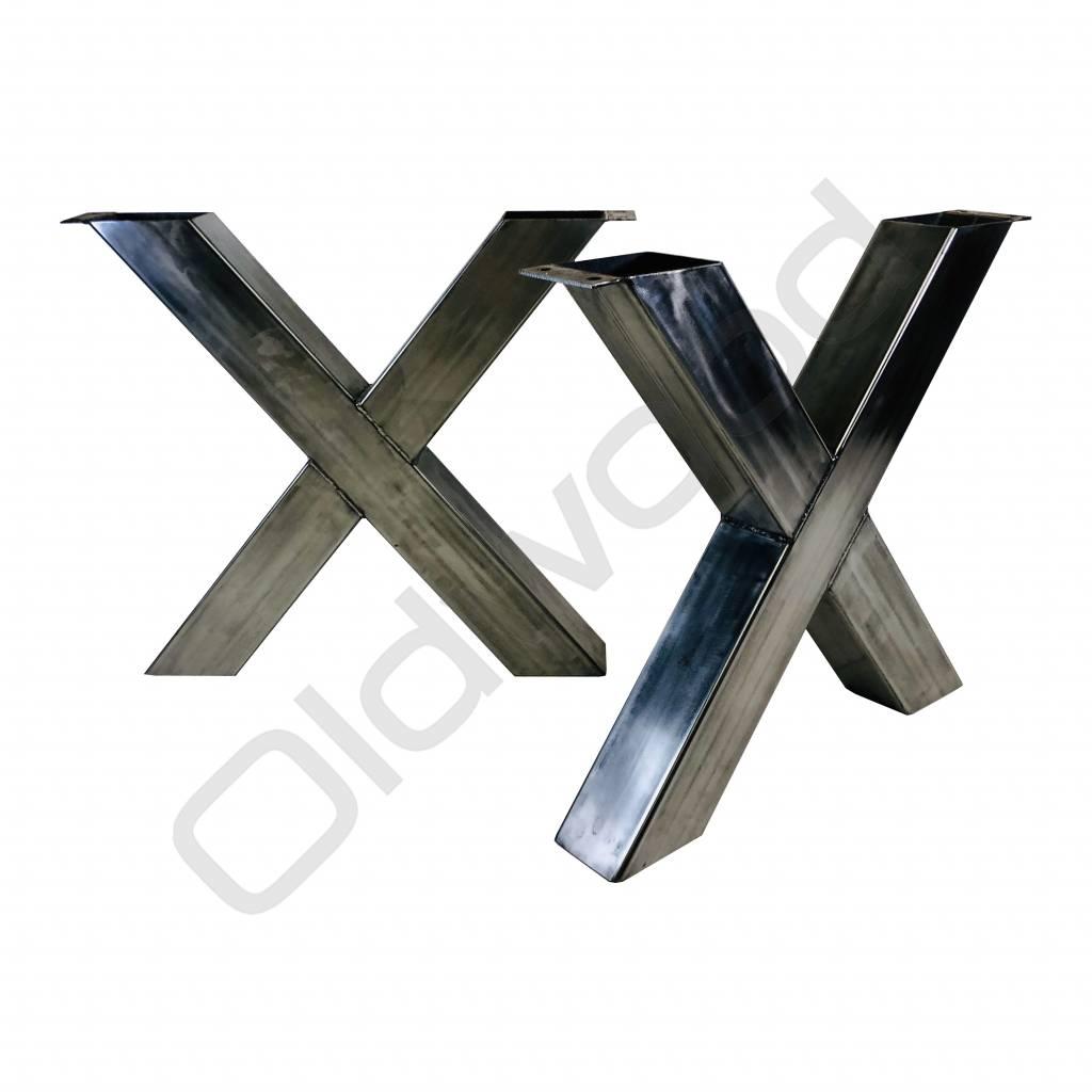 Metal frame Outlet
