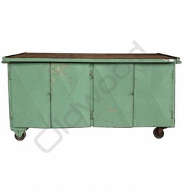 Industrieel meubel (Sold) Green sideboard / workbench