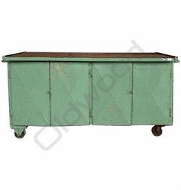 Industrieel meubel (Verkocht) Groen dressoir / werkbank