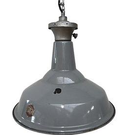 Industriële grijze lamp