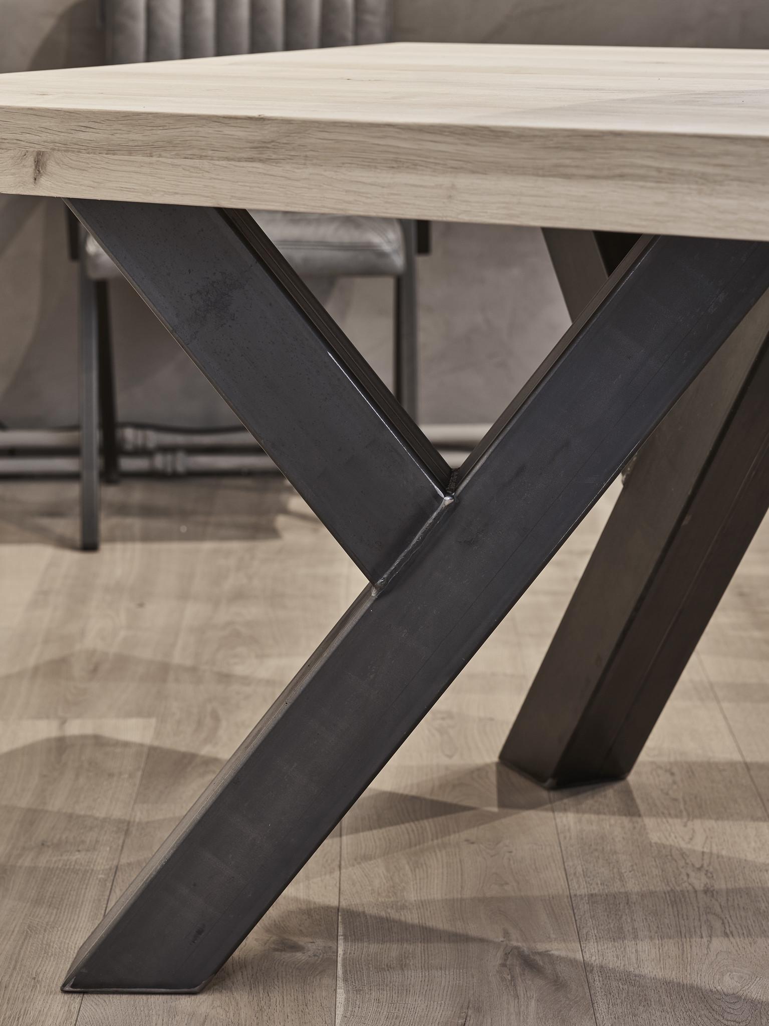 Tafel Eiken tafel - Sturdy Leg