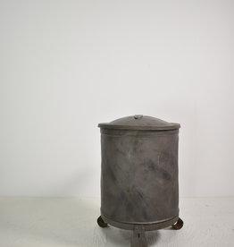 Zinken vuilnisbak