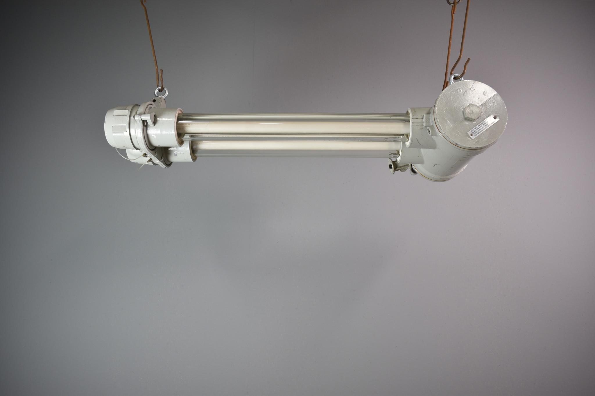 oldwood Industriële tl tube lamp