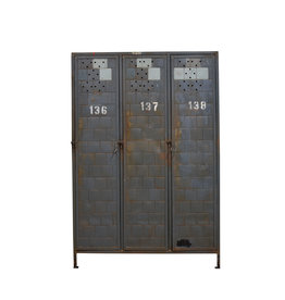 Vintage metalen locker driedeurs Origineel