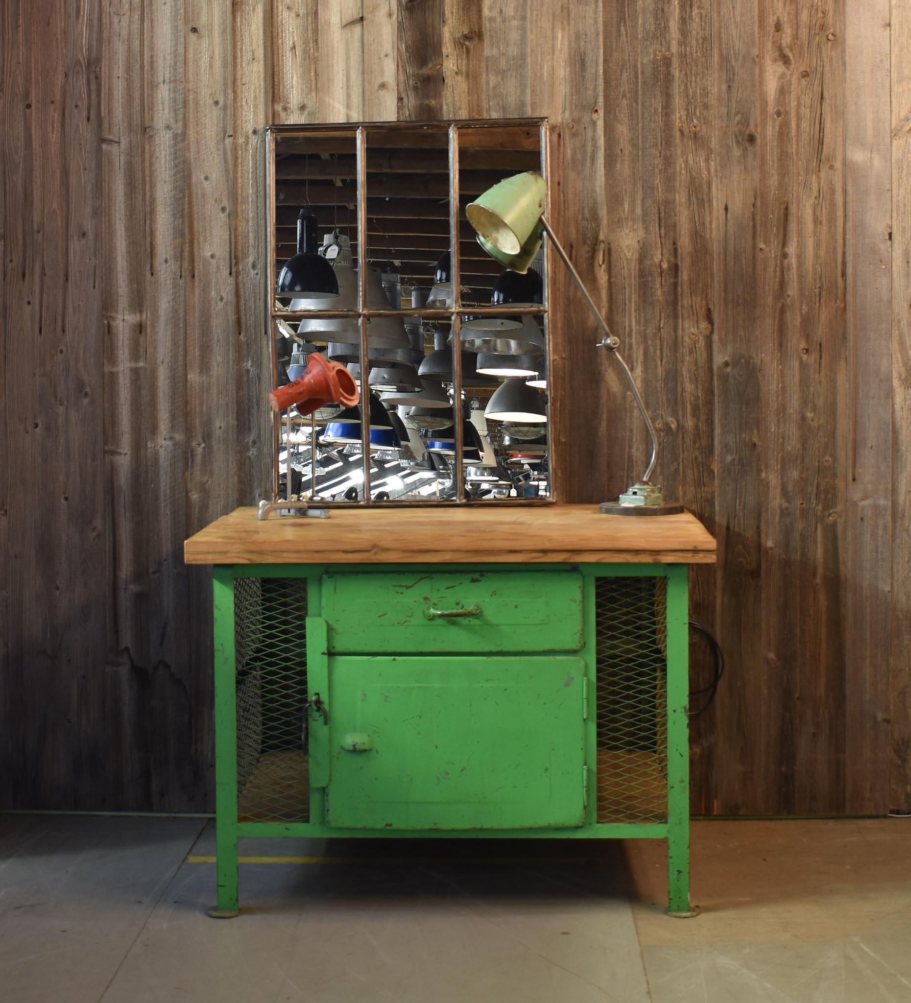 oldwood Gaaskast industrieel groen
