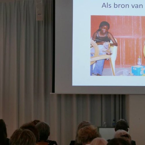 Strawberries op Symposium Zijde van de Textielcommissie 2018
