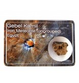 Gebel Kamil ijzermeteoriet in doosje