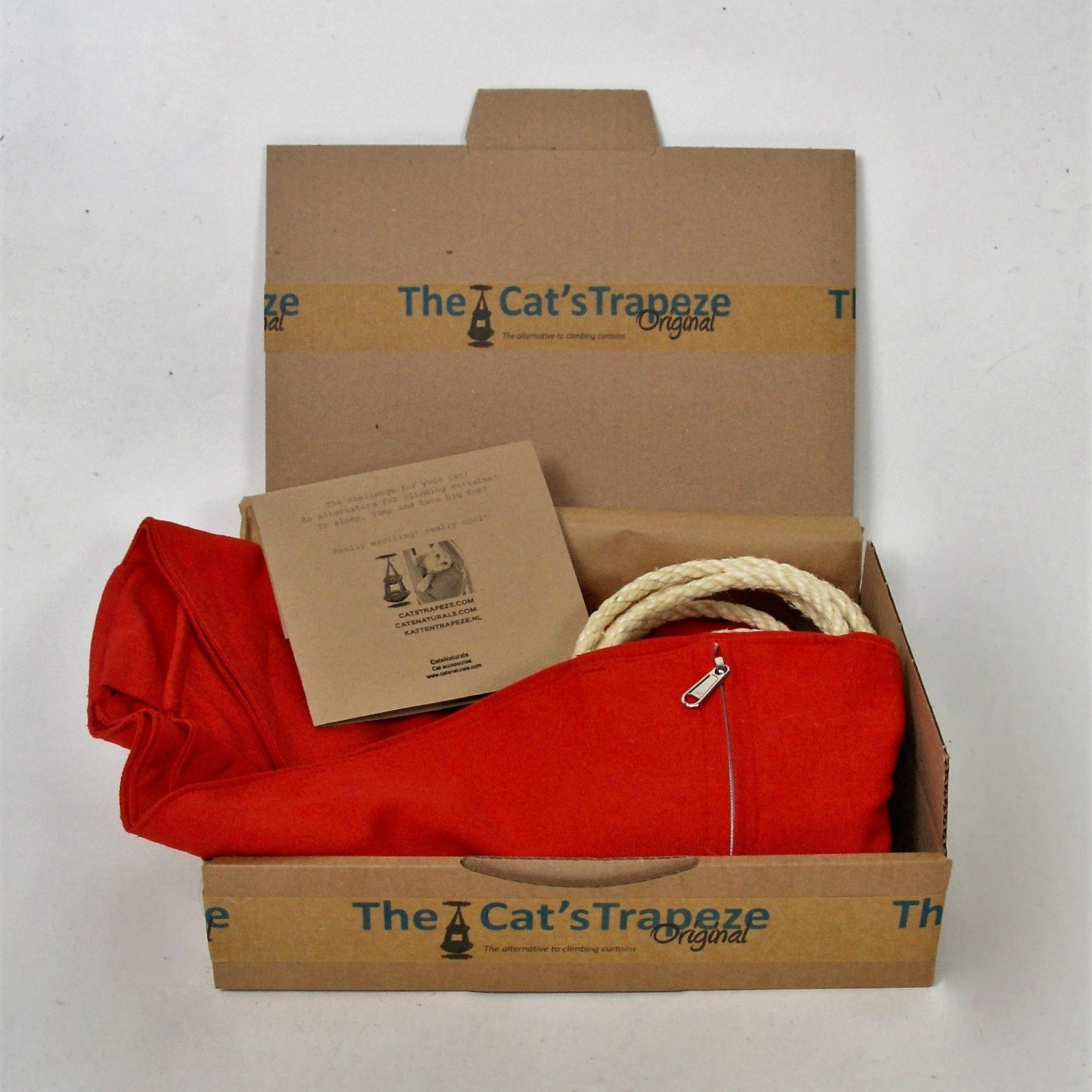 Price Reduction on the red Jute and Cotton 3-pillow Cat's trapeze!
