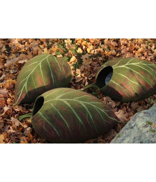 Fallen Leaf Felt Bed