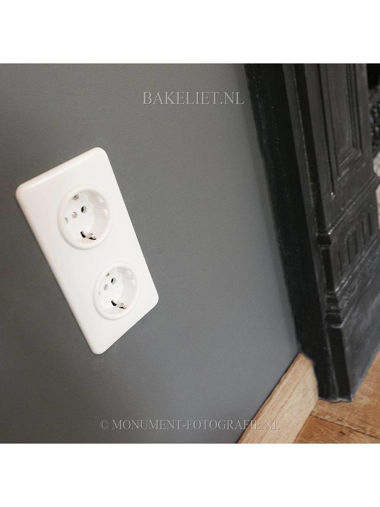 Bakeliet stopcontact inbouw 1930