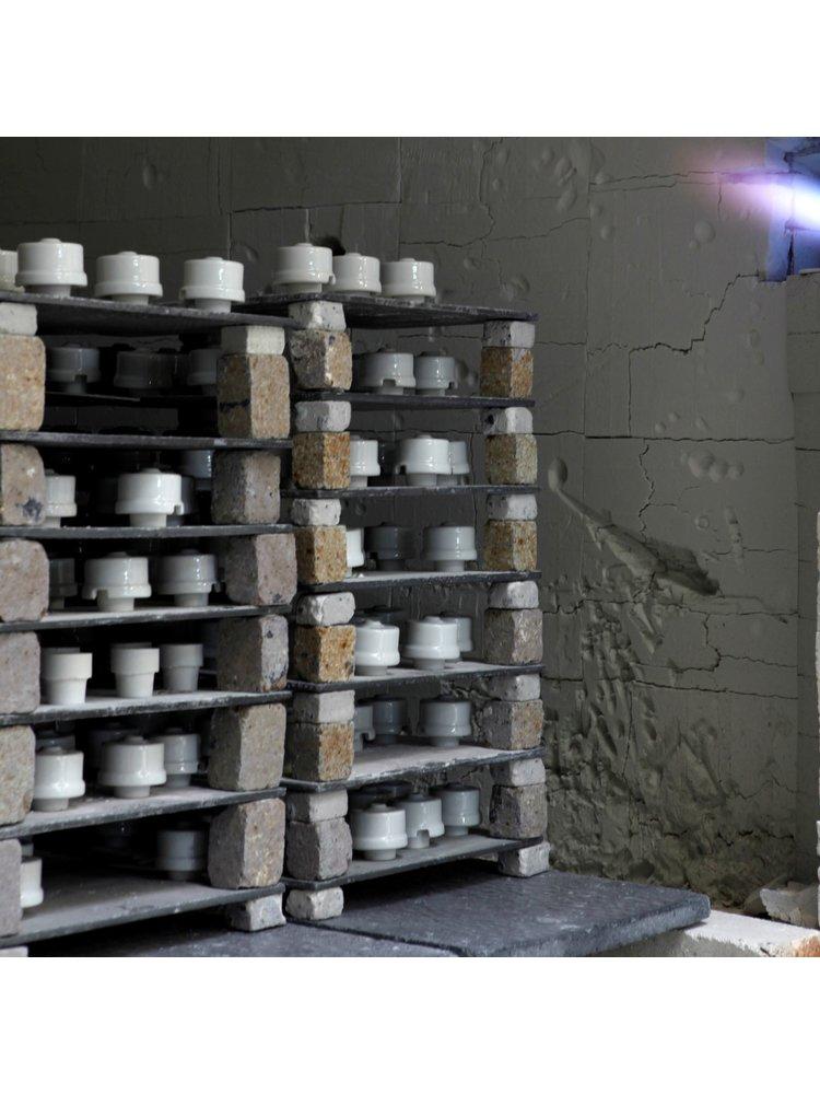 Oude schakelaar - Porselein schakelaar - Retro schakelaar