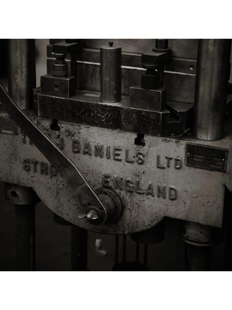 Bakeliet sleutelplaat 'ovaal' 1950