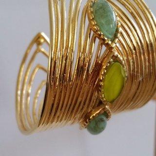 Creole Wave Hoop Gold