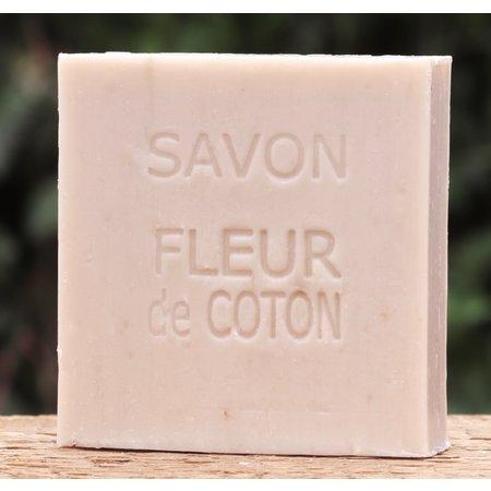 Kraftdoosje met zeep in de geur coton
