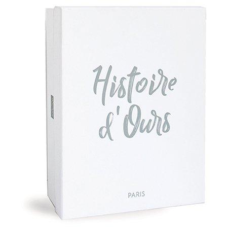Franse knuffelhondje in doos
