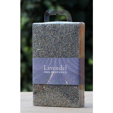 Box met losse lavendelblaadjes