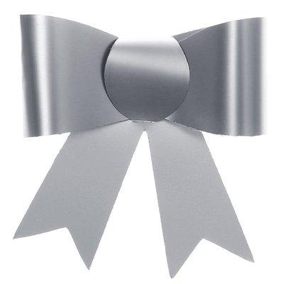 4 zilveren strikjes
