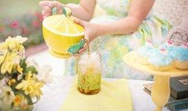 Zo maak jij zelf zomerse ijsthee!