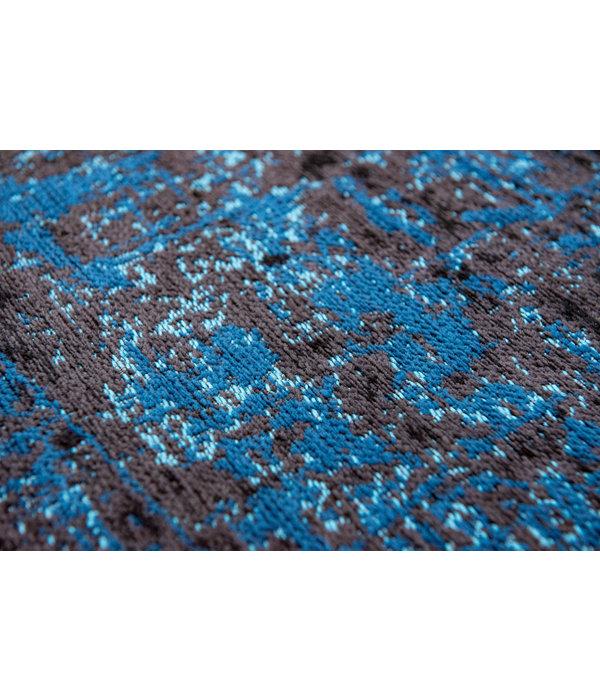 Griff - Ice Blue on Sky 8653