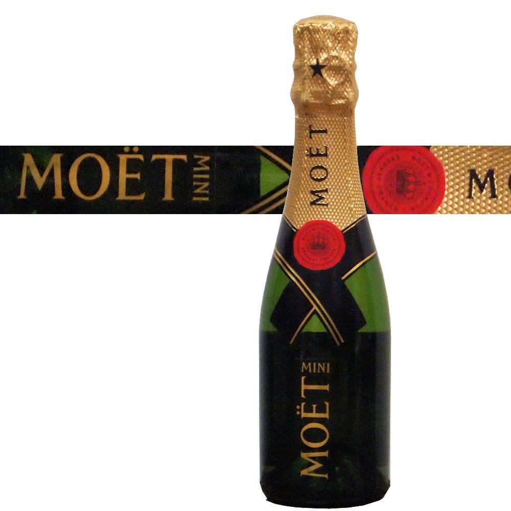 Moet & Chandon Champagner Geschenk zur Hochzeit oder für einen lieben Menschen mit Kerze Kuchen und Champagner