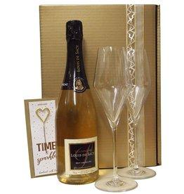 Louis de Sacy Champagner Grand Cru Präsent mit zwei Champagnergläsern