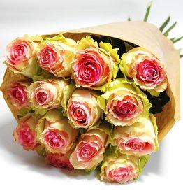 flotte Blumen Rosenstrauß Esperance