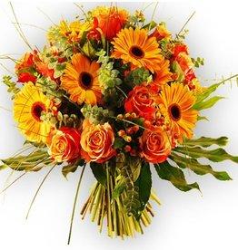 flotte Blumen Strauß in Orange