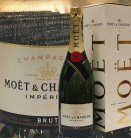 Moet & Chandon Champagner Magnum Brut im Geschenkkarton