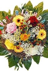flotte Blumen Strauß Happy Birthday