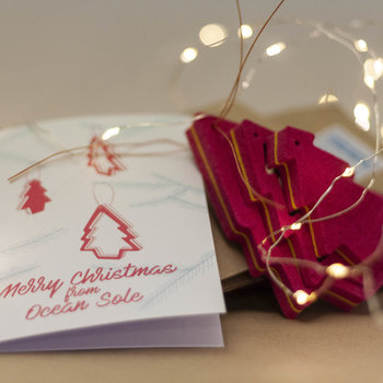 Ocean Sole  Ocean Sole Christmas hanger with Christmas card - set of 3