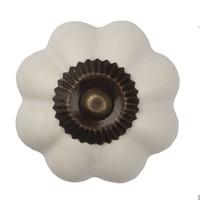 Porzellanknauf weiße Blume - dunkler Beschlag