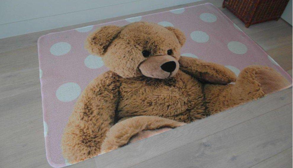 Mooi vloerkleed babykamer in roze of blauw voor jongen of meisje