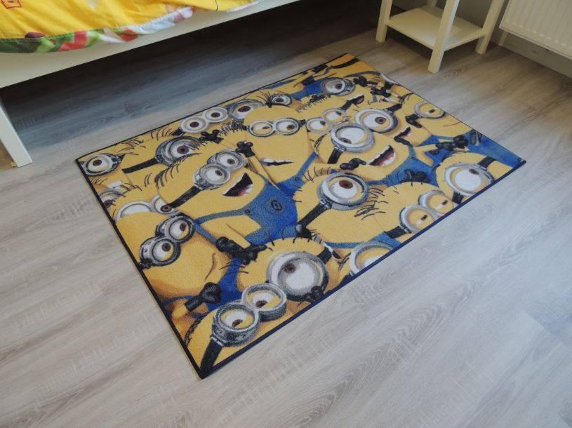 Haal de Minions in huis met een Minions vloerkleed