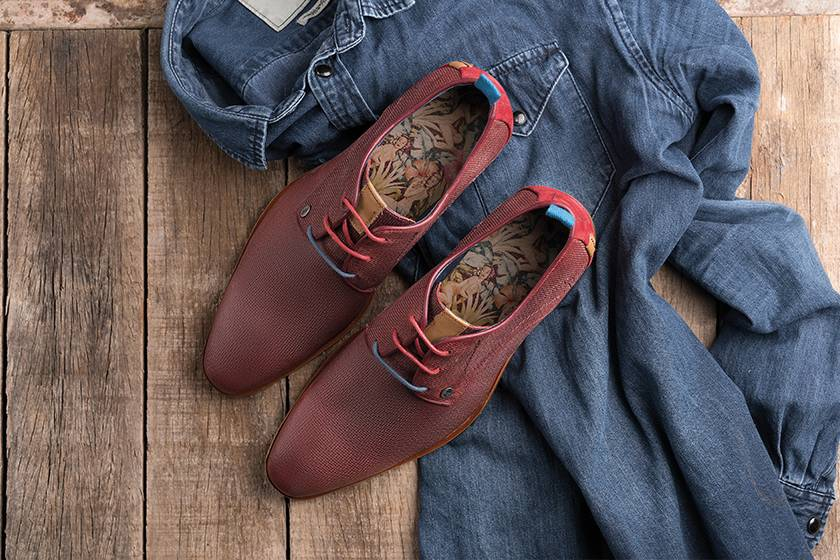 Red shoes: for guys with guts!