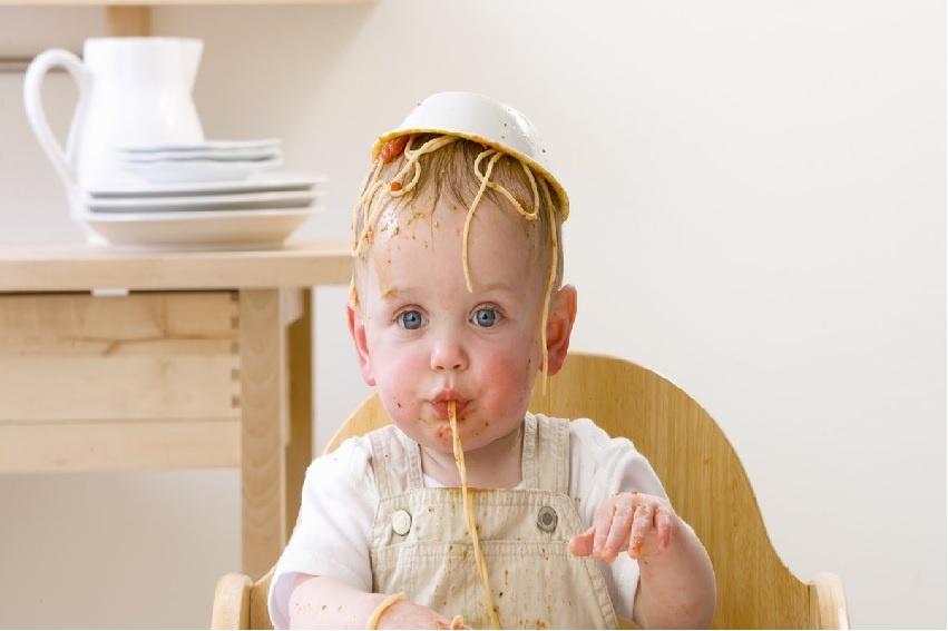 Hoe leer ik mijn kind goed en netjes eten?