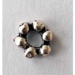 jolie 3D Spacer dubbele rij bolletjes klein 6mm zilverkleur per stuk