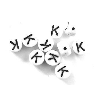 Cuenta DQ K. Letter alphabet bead glass white with black print 5x6mm