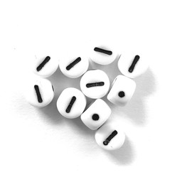 Cuenta DQ I. Letter alphabet bead glass white with black print 5x6mm