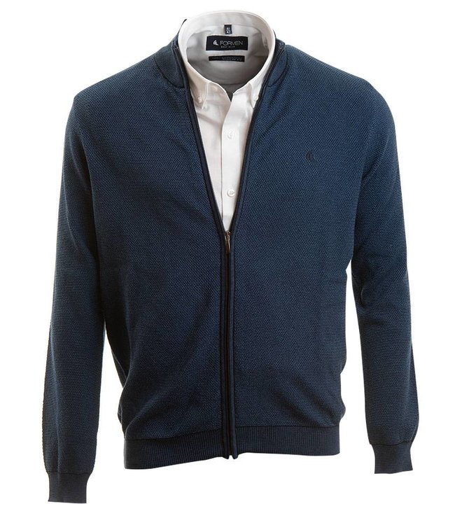 blauwe sportieve trui met rits en opstaande kraag