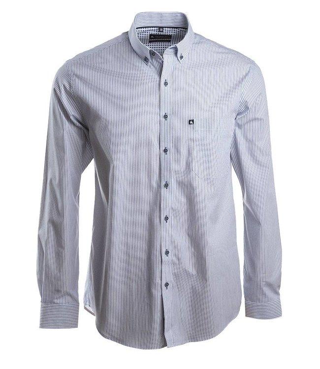fijn gestreept hemd in wit en donkerblauw