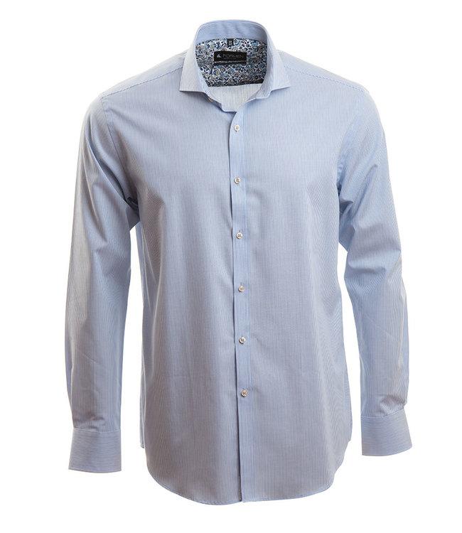 lichtblauw hemd met Italiaanse kraag