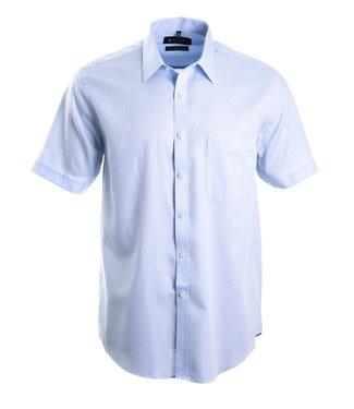 FORMEN Lichtblauw hemd met korte mouwen