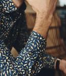 FORMEN navy hemd met kleurrijk motief - SLIM