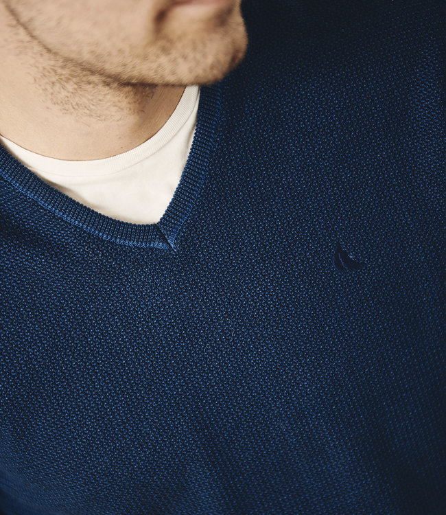 FORMEN blauw fijne v-hals trui