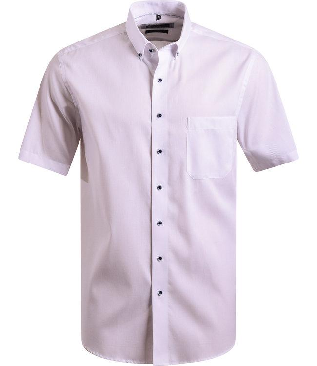 FORMEN effen wit hemd met korte mouwen
