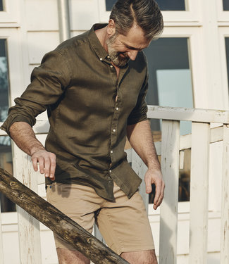 linnen hemd in stoer kaki - SLIM