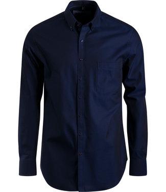 FORMEN donkerblauw hemd met sportief accent