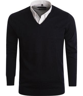 FORMEN stijlvolle navy trui met klassieke v-hals